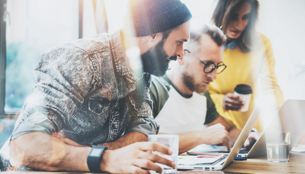 Konseptet coworking, en form for kontordeling på stadig nye og kreative steder og måter, er en trend som også har startet i Norge.