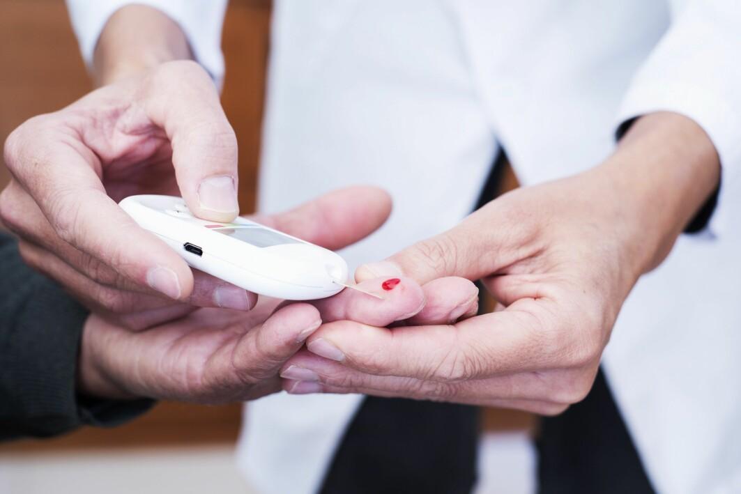Stipendiat Mona Synnøve Nilsen har i et prosjekt sett nærmere på stoffet 3-HIB i blodet til de som har diabetes og fedme.