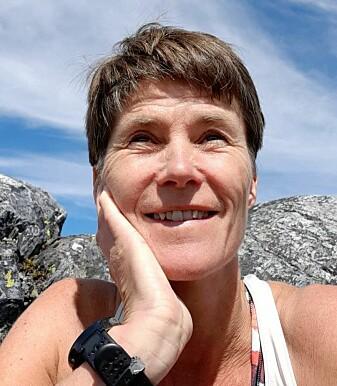 Gunnhild Jaastad, forskar ved NIBIO Ullensvang, ser ein klar samanheng mellom rogn og skade i eple.
