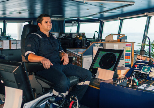 New technology may weaken seafarers' professional judgment