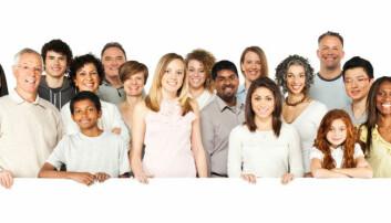 Når vi ser mange ansikter sammen, så lager vi et slags gjennomsnittsbilde av hvordan fjesene ser ut, ifølge forskerne. iStockphoto