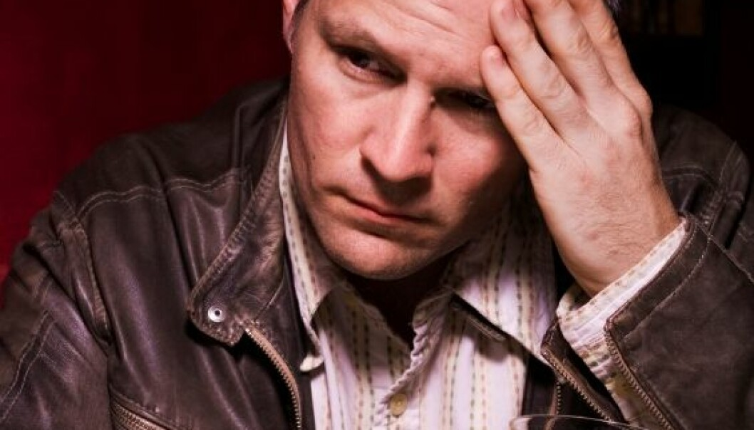 Halvparten av pasientene med alkoholmisbruk innlagt i en avrusingsavdeling hadde hatt perioder med alvorlige selvmordstanker i løpet av livet. (Foto: iStockphoto)