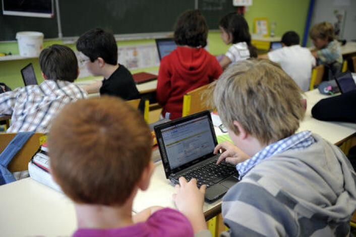 I pedagogikk har man forsøkt å unngå konkurranseelementet, men faktisk liker barn den utfordringene og konkurransen i dataspill. (Foto: Colourbox)