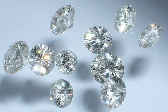 Diamanter leder varme seks ganger bedre enn kobber og kan tåle meget høye spenninger uten å bryte sammen. (Foto: Colourbox.com)