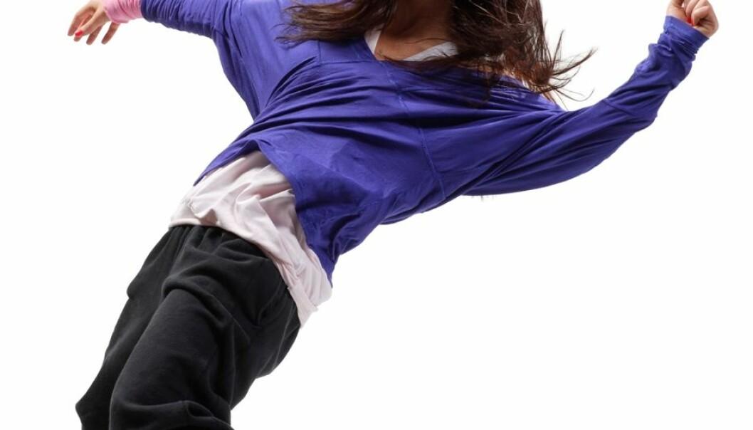 Dansing et par ganger i uka i litt over et halvt år gjorde at tenåringsjenter følte seg bedre. (Illustrasjonsfoto: Colourbox)