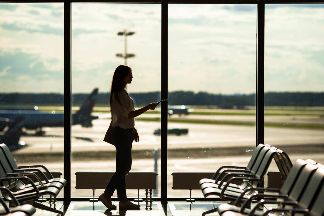 – Sjølv om næringa og lobbyistar framstiller flyreiser som noko «alle» driv med, er det å fly i realiteten eit luksusgode som få har tilgang på og som er enormt skeivfordelt i verda, seier Stefan Gössling ved Vestlandsforsking.