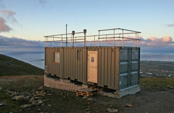 Luftmålerstasjonen skal stå for overvåkning av atmosfæriske tilførsler av miljøfarlige stoffer på Andøya i Nordland. (Foto: NILU)