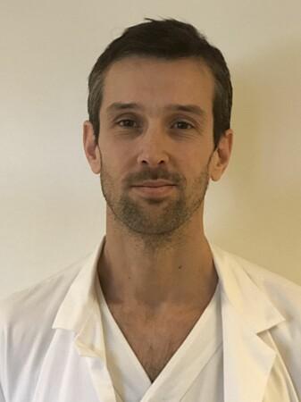 Ola Nakken er klinisk stipendiat ved UiO og overlege på Ahus.