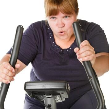 Mange overvektige opplever å gå mindre ned i vekt enn forventet når de begynner å trene. Økningen i stresshormon kan være en av grunnene. Illustrasjonsfoto. (Foto: Colourbox)