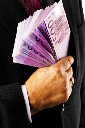 Korrupsjon er skyld i at EU har havnet i økonomiske problemer. Flere søreuropeiske land er så korrupte at befolkningene ikke vil betale skatt. Det betyr at landene vakler på randen av konkurs. (Foto: Colourbox)