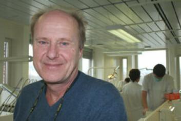 Dagens periodontittbehandling ser ikke ut til å være effektiv nok på sikt, mener Hans R. Preus. (Foto: Elin Fugelsnes)