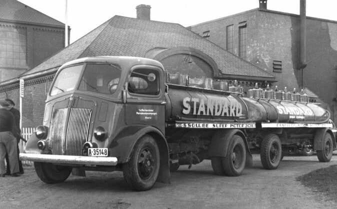 Tanker with a trailer at the Vallø oil refinery and warehouse.