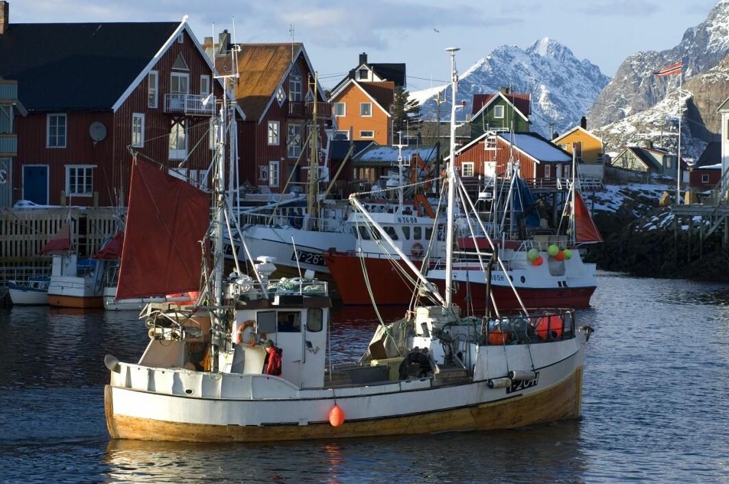 Fiskerne har fått øynene opp for forsøpling av havet, men havnene mangler ofte mottakssystemer for fiskerirelatert avfall.