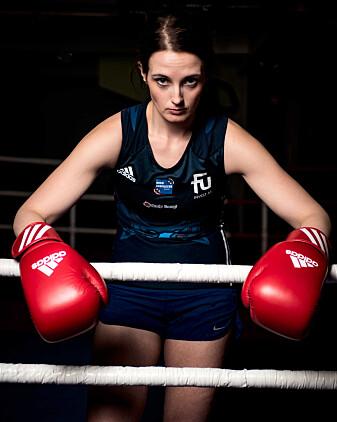 Anne Tjønndal, som selv er bokser, forteller at uten hennes lidenskap for boksing ville ikke denne forskningen blitt til.