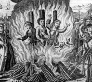 I Finnmark ble trollkvinnene brent levende på bålet. I Skottland ble de først drept, så brent. (Foto: Wikimedia commons)