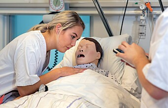 Nursing students want more training using patient dummies