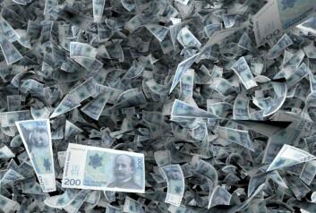 Egentlig er ikke lapper med Kristian Birkeland verdt noe mer enn andre lapper. Men tilliten til at pengene er verdt noe holder systemet i gang. Store samfunn gjorde et slik håndfast symbol på tillit nødvendig, tror forskerne. (Foto: (Illustrasjon: Per Byhring))