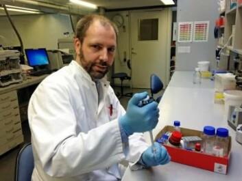 Frank Kjeldsen ved Syddansk Universitet forsker på nanosølvets virkning på menneskekroppen. (Foto: Syddansk Universitet)