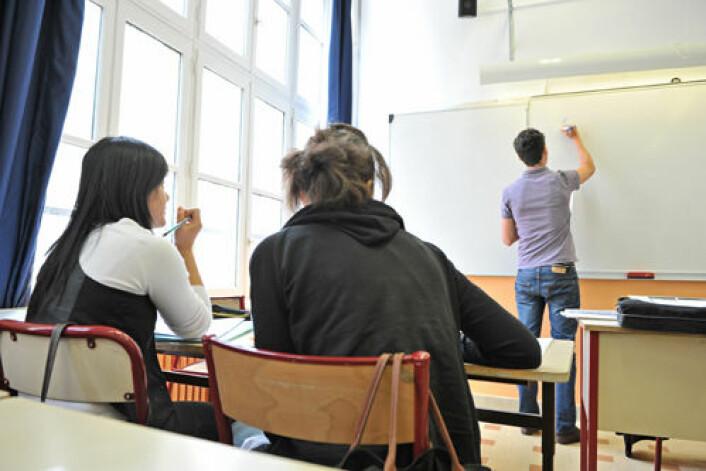 – Det er nok fortsatt en god idé å anbefale ungdommer på vippen å stå løpet ut hvis de kan, sier forsker Erling Barth ved Institutt for samfunnsforskning. (Foto: Colourbox)