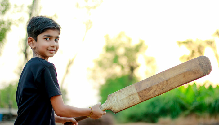 Including sports that young people know from their culture is something teachers in physical education can do to give them a greater sense of belonging. Cricket is considered the second biggest sport in the world after football.