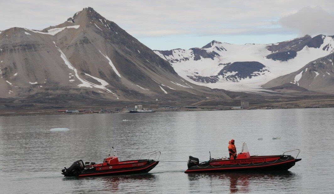 Less sea ice has opened up for marine traffic to expand operational season and area of operation. Illustration pictiure from Kongsfjorden with Ny-Ålesund in the background