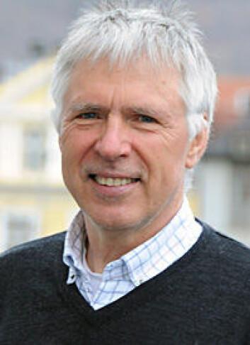 – Kampen mot lakselus vil være en vedvarende kamp om posisjoner, mener Ole Torrissen. (Foto: Kjartan Mæstad)