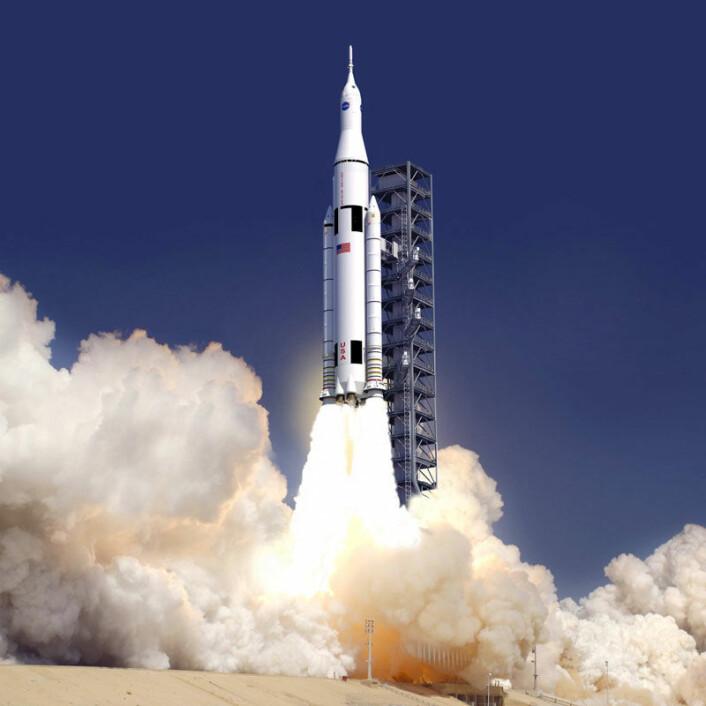 Space Launch System, slik en kunstner ser det for seg. Jomfruturen skal skje før slutten av 2018. (Foto: (Illustrasjon: NASA))