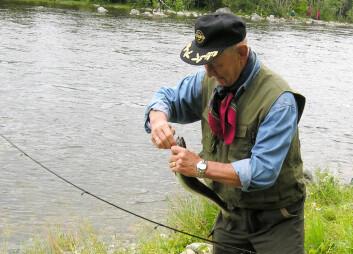 Tilreisende fiskere gjør at ringvirkningene av laksefiske i norske elver er betydelige. Svært mange av kundene er erfarne skandinaviske fiskere. (Foto: Trøndelag Forskning og Utvikling)