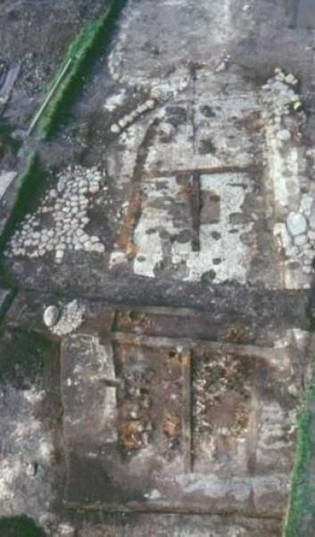 Den nedbrent gården i Nørre Tranders slik den så ut da arkeologene fant den. (Foto: Nordjyllands Historiske Museum)