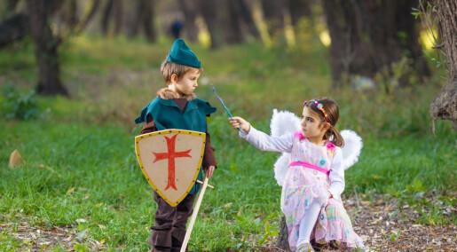 Eventyr i barnehagen: Modige menn i blått og søte prinsesser i rosa