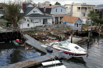 Om stadig flere orkaner treffer USA, og utbetalingene stadig vokser, er det mulig bransjen må ta grep. Da kan det bli vanskeligere å få forsikret hus langs kysten, tror Martin Hunting. (Foto: Pamela Andrade/Flickr Creative Commons)