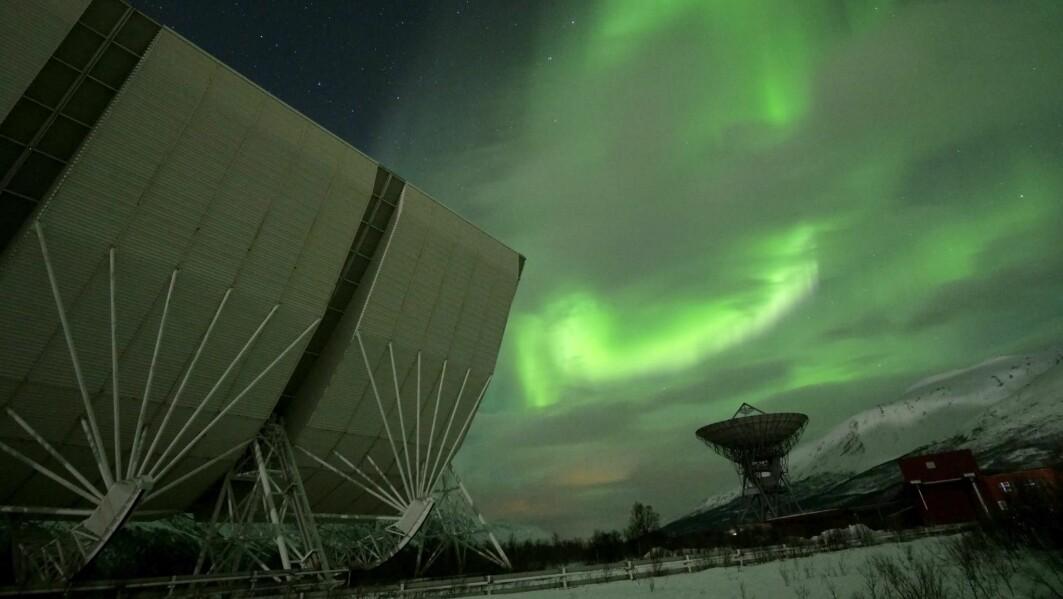 I Ramfjord utenfor Tromsø ligger EISCAT-prosjektet, et stort anlegg med romradarer – såkalte scattere.