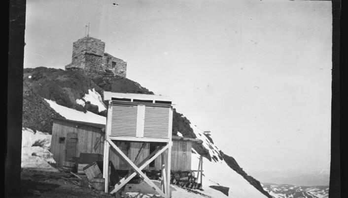 Birkelands opprinnelige observatorium på toppen av Haldde.