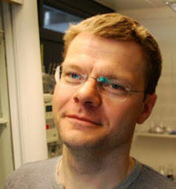 Torkjel M. Sandanger forteller at det finnes små doser av mangfoldige miljøgifter i kroppen vår.