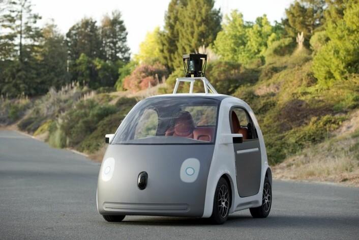 Google er kanskje et godt eksempel på et selskap som både utvikler eksisterende produkter samtidig som de satser på å utvikle helt nye ting, som det nyeste tilskuddet, den førerløse bilen. (Foto: Scanpix/Reuters)
