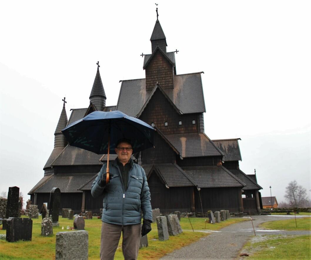 Ole H. Holta var rundt 30 år gammel da Heddal stavkirke ble demontert og rekonstruert på 1950-tallet. Han husker godt denne viktige hendelsen i stavkirkens historie.