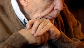 Å ha et lite sosialt nettverk øker risikoen for å dø for tidlig, men følelsen av å være ensom gjør ikke det. Begge deler er dårlig for helsa. (Illustrasjonsfoto: Colourbox)