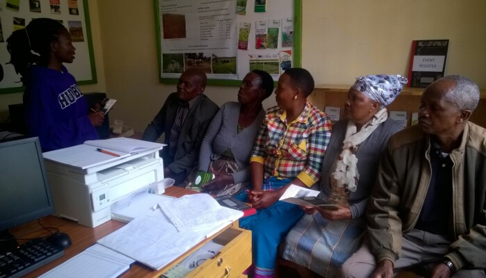 Africa's first Village Knowledge Centre (VKC) was established in Kangundo village (Kenya) in May 2018. Here farmers can gather to learn about innovative farming techniques and share knowledge.