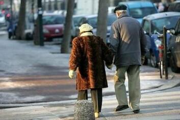 Å pleie vennskap og forhold kan være det som skal til for å sikre en lang og god alderdom. (Illustrasjonsfoto: Colourbox)