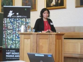 Rolee Aranya er førsteamanuensis ved NTNUs Institutt for byforming og planlegging (Foto: NTNU)