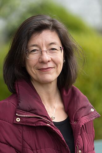 Professor Esperanza Diaz.