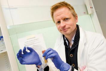 – Hvis tarmfloraen kan manipuleres, er det en stor revolusjon, forteller Johannes Espolin Roksund Hov. (Foto: Yngve Vogt)