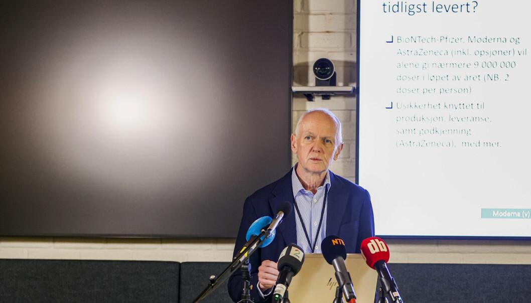 Smitteverndirektør Geir Bukholm i Folkehelseinstituttet redegjorde for status for koronavaksinen på et pressemøte torsdag morgen.