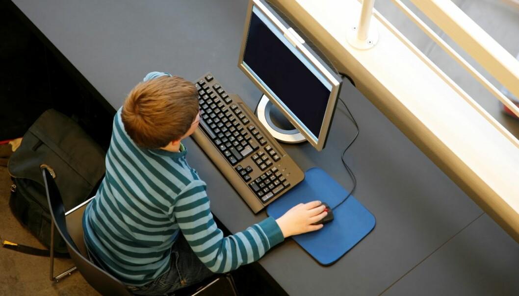 Også den såkalt digitale generasjonen trenger veiledning når de skal hente inn kunnskap på nettet. Colourbox