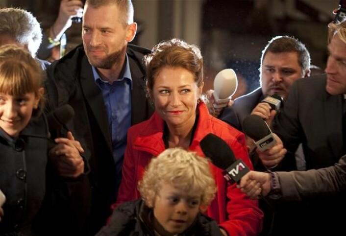 Statsministeren i Borgen, Birgitte Nyborg Christensen og hennes mann, Philip Christensen. Skuespillerne er Sidse Babett Knudsen og Mikael Birkkjær. (Foto: Mike Kollöffel/Danmarks Radio)