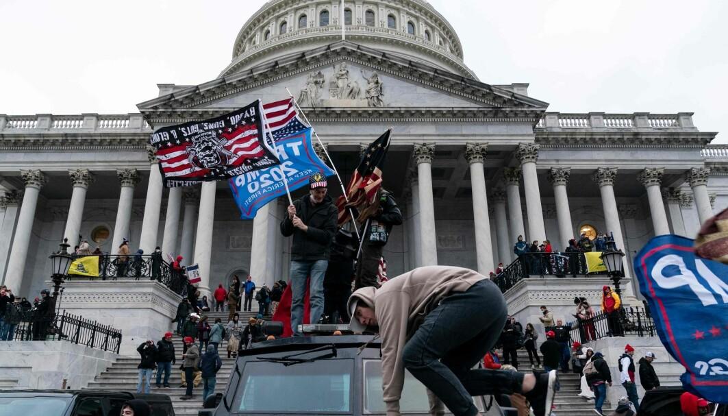 Onsdag tok høyreekstreme seg inn i Capitol mens Kongressen behandlet valgresultatene. De som stod bak var både høyreekstremister, holocaustfornektere, antisemitter og nynazister, ifølge forsker.