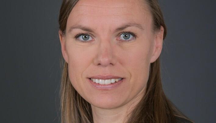 Politikerne i Norge følger regler for hvordan de bør oppføre seg, sier forsker Signe Bock Segaard.