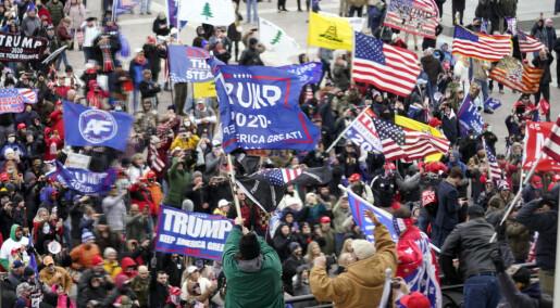 Høyreekstreme grupper i USA utnytter krisen til å fremme voldelig ideologi