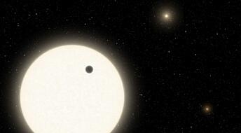 Denne planeten har tre soler