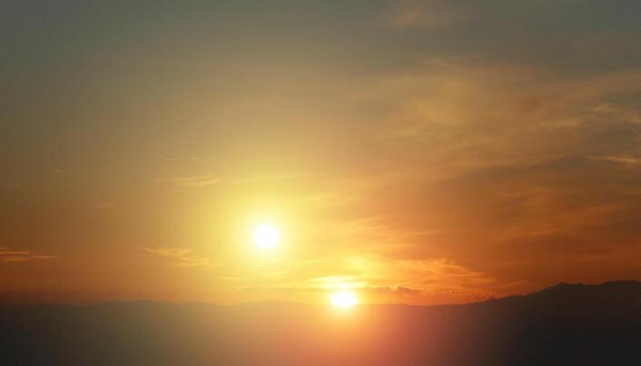 På en plantet som går rundt to stjerner ville man kunne sett en dobbel solnedgang.
